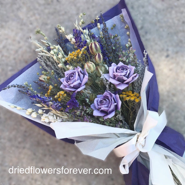 Dried flowers gift bouquet lavender purple roses
