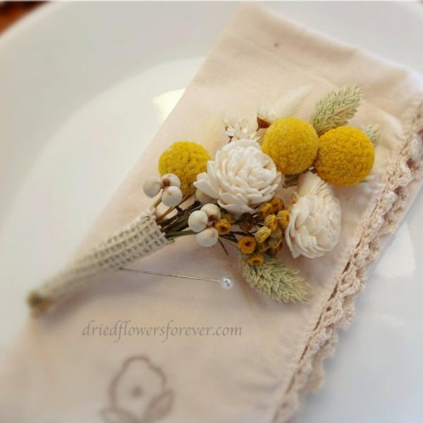 Dried Flower Pin Corsage - Sunny Collection