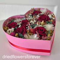 Dried valentine rose red pink flowers heart box
