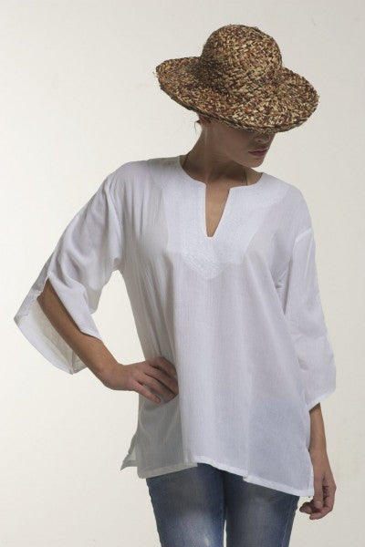 Crepe blouse with embroidery neck (white)