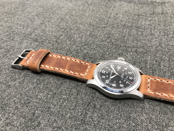 Horween Natural Dublin | Natural Thread - The Sierra Premium Strap