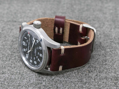 Horween Color 8 Chromexcel | Natural Thread - The Hudson Strap