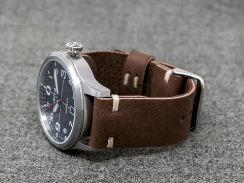 Horween Hot Chocolate Dryden | Natural Thread - The Hudson Strap