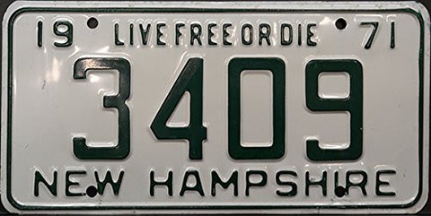 New Hampshire State License Plate Green Letters on White 71 Live Free or Die