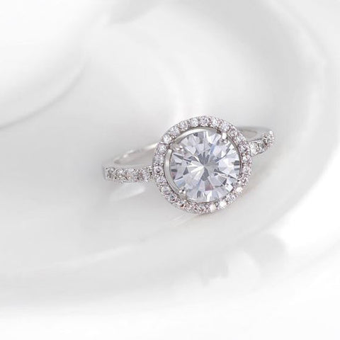 Luxury Engagement Ring - Shevoila Jewelry & Clothing - 1