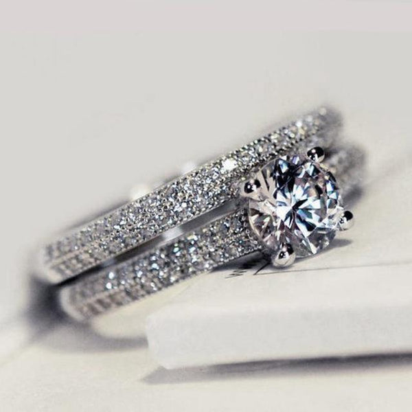Sparkling Perfection Engagement Ring Set