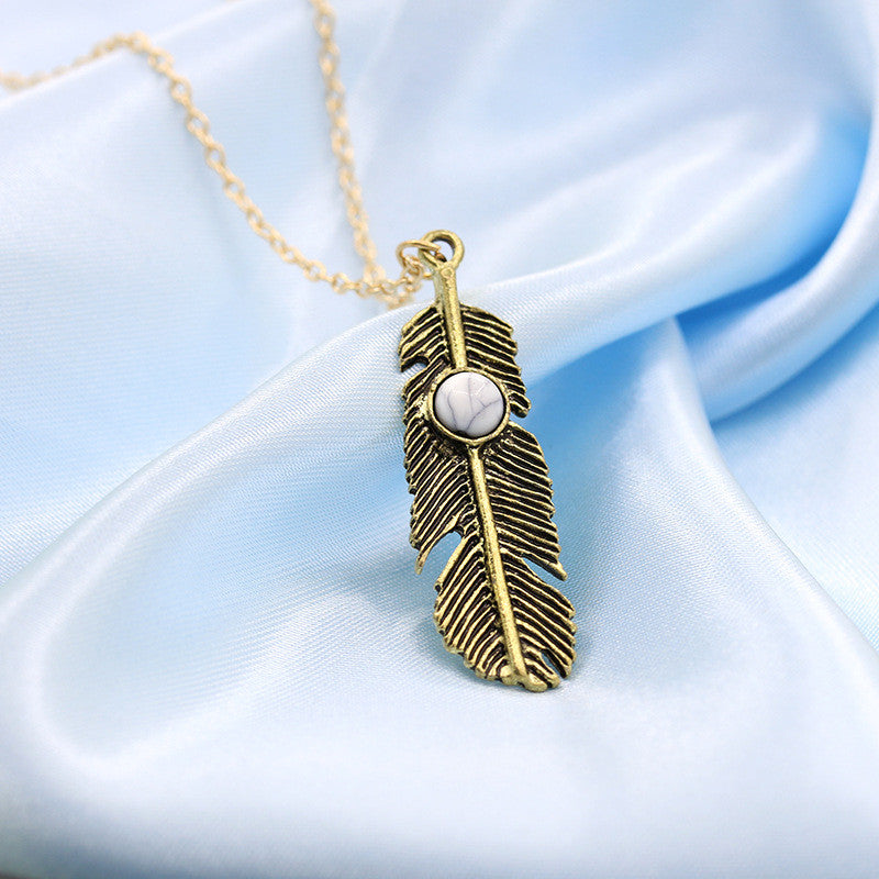 Vintage Turquoise Feather Necklace - Shevoila Jewelry & Clothing - 2