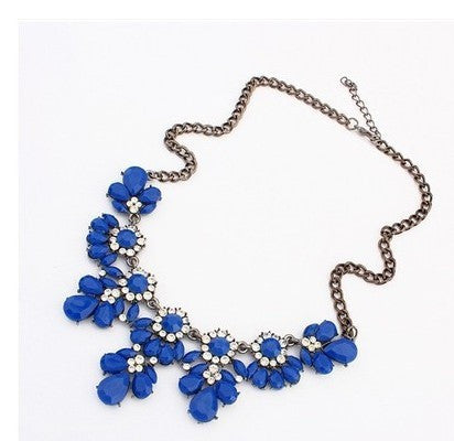 Austrian Crystals Flower Necklace - Shevoila Jewelry & Clothing - 4