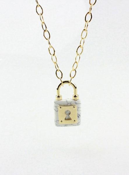 Gold Love Lock Necklace - Shevoila Jewelry & Clothing - 1