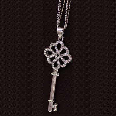 Pearl Key Pendant Necklace - Shevoila Jewelry & Clothing - 4