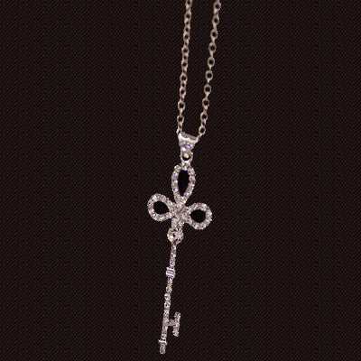 Pearl Key Pendant Necklace - Shevoila Jewelry & Clothing - 6