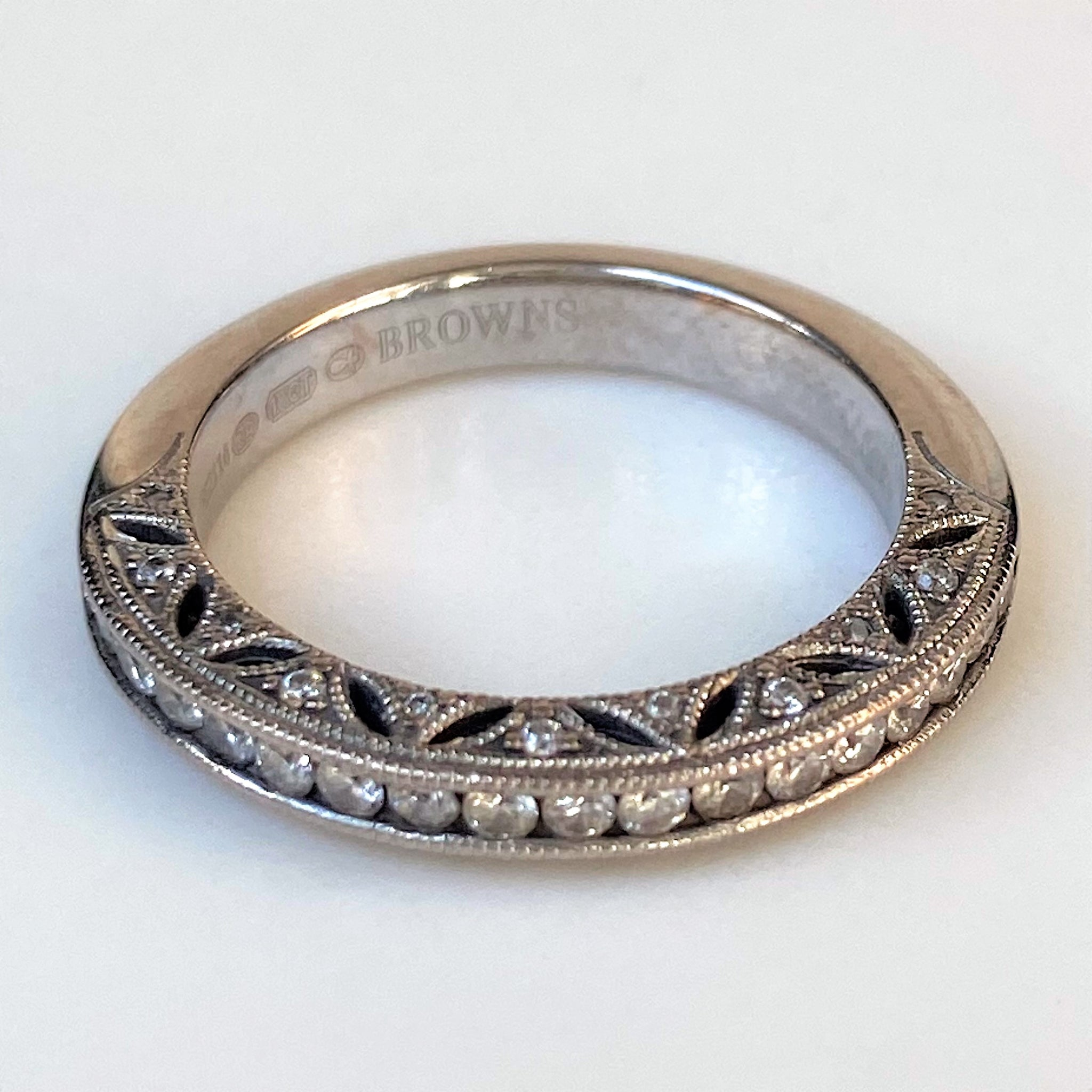 "Browns ""1934"" 18ct White Gold Diamond Semi Eternity-Ring"