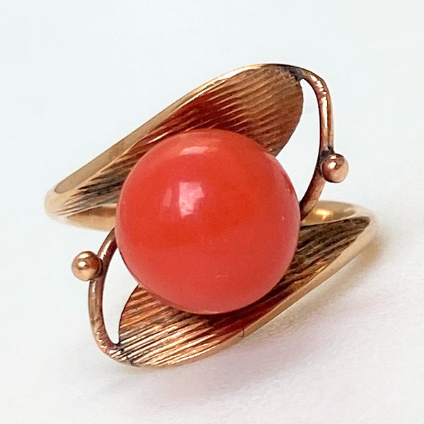 Vintage 18ct Yellow Gold and Coral Dress Ring