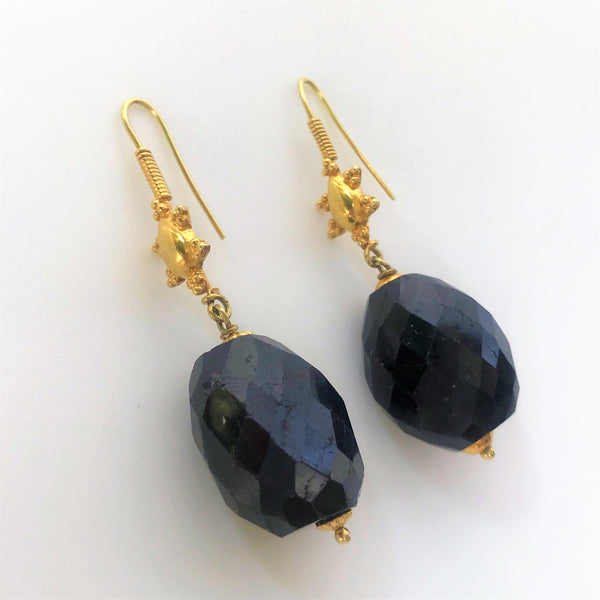 18ct Gold and Garnet Earrings