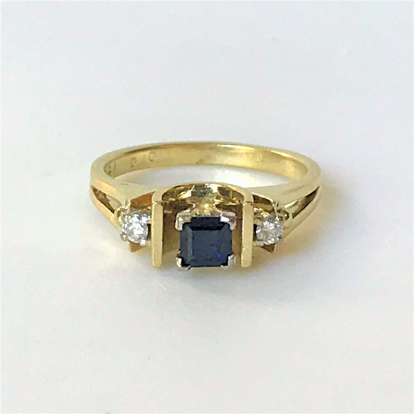 Vintage 18ct Gold, Sapphire and Diamond Ring