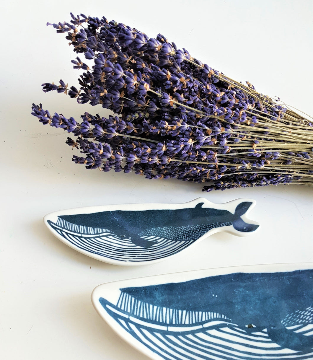Classiky 倉敷意匠 - Whale Ceramic Dish - Happiness Idea