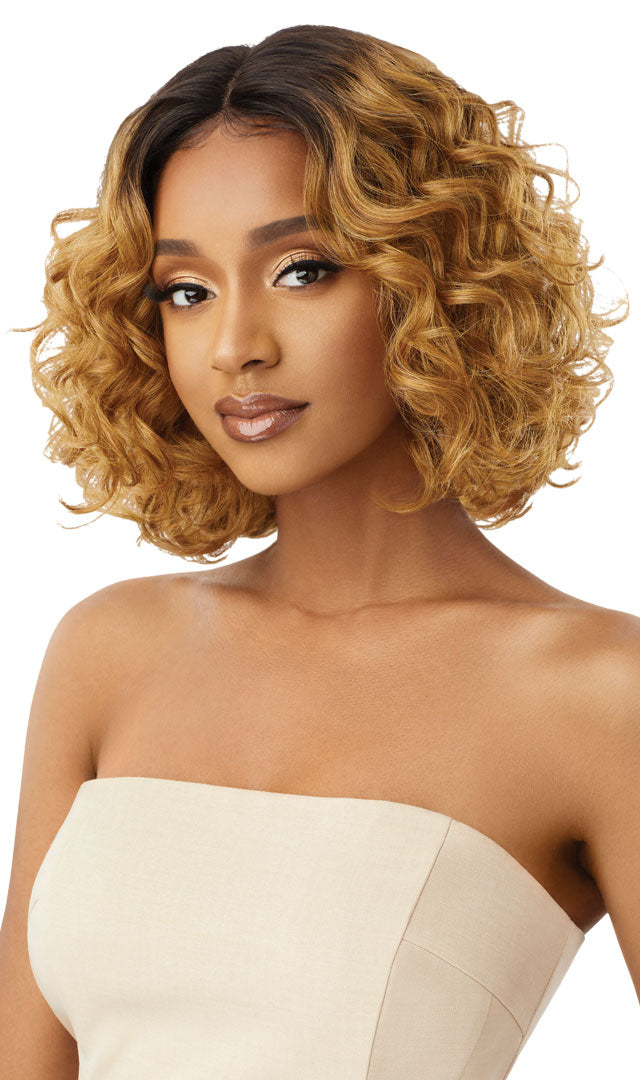 Outre Synthetic Swiss Lace Front Wig CILLA