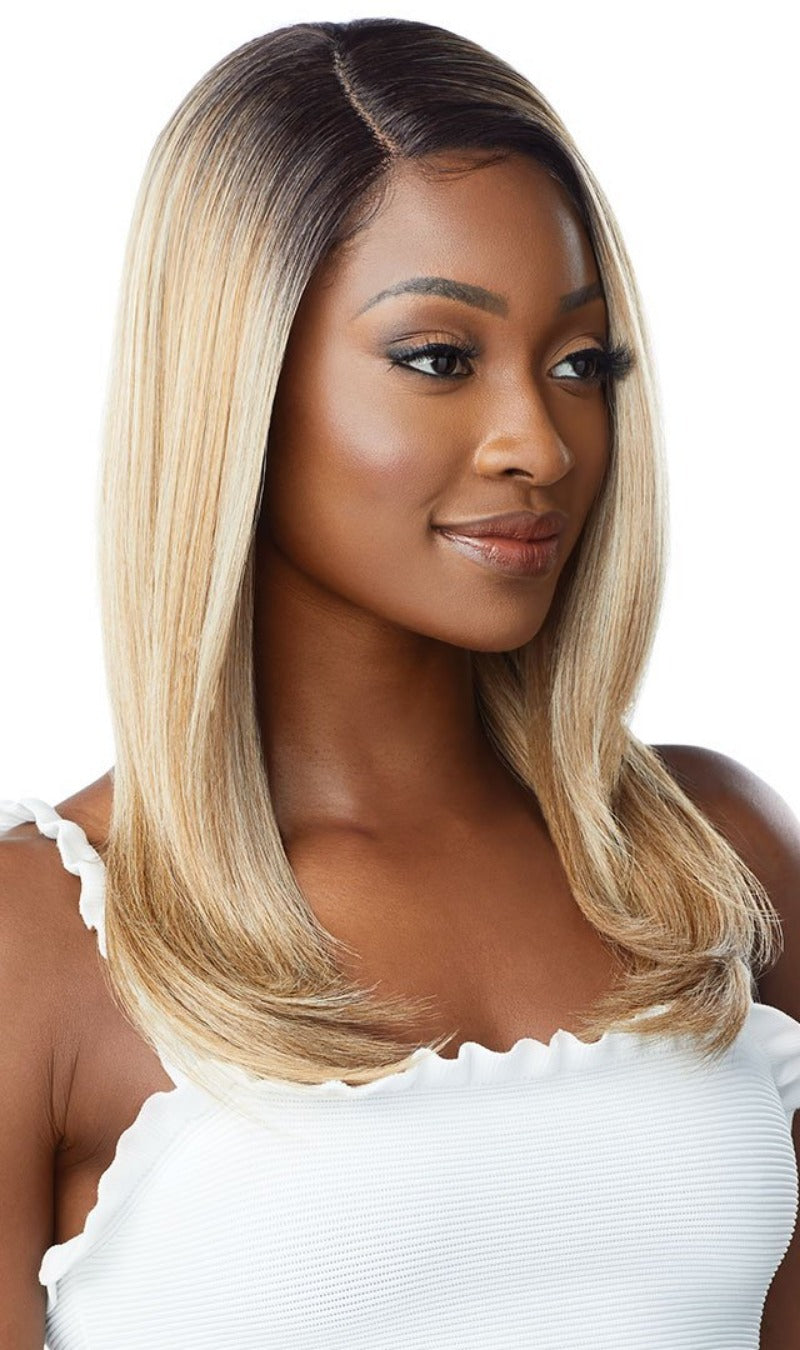 Outre Synthetic Every Wear HD Lace Front Wig EVERY 4