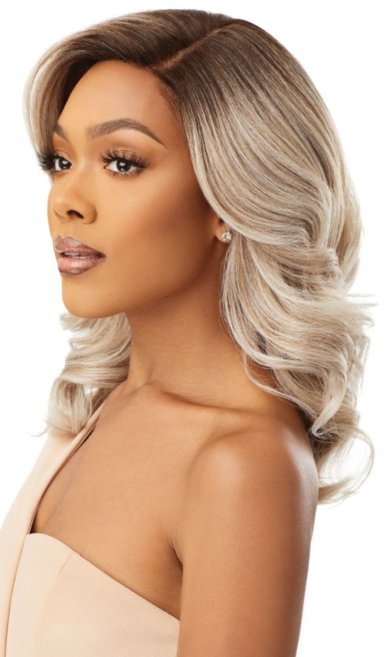 Outre Synthetic Pre-Plucked HD Transparent Lace Front Wig LEYLA