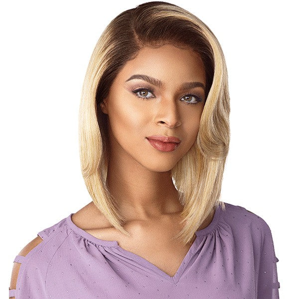 Sensationnel Cloud9 What Lace Swiss Lace Front Wig CHRISSY