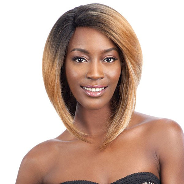 Model Model Deep Invisible L-Part Wig JANICA