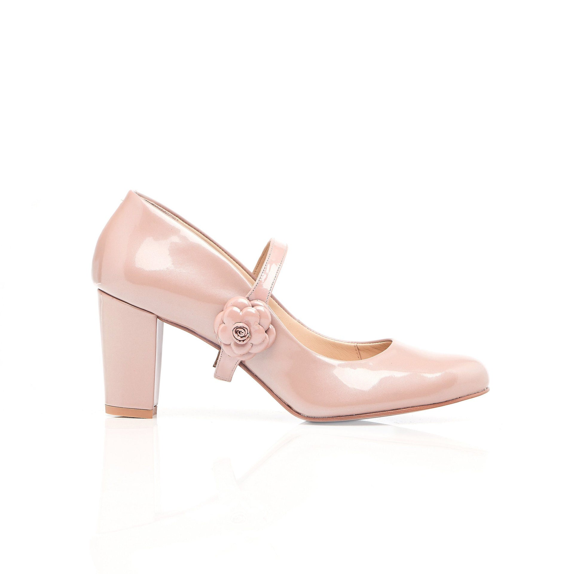 Nude Patent Leather heels with flowers