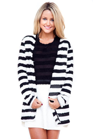 The Dreamers Cardigan Black & White