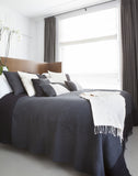 Black Pearl • Throw - Studio RUF • Luxurious Throws Pillows Bedcovers • Handmade in Morocco - 3