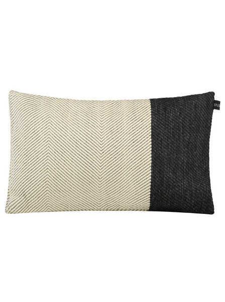 Cuddles White • Pillow Cover - Studio RUF • Luxurious Throws Pillows Bedcovers • Handmade in Morocco - 1