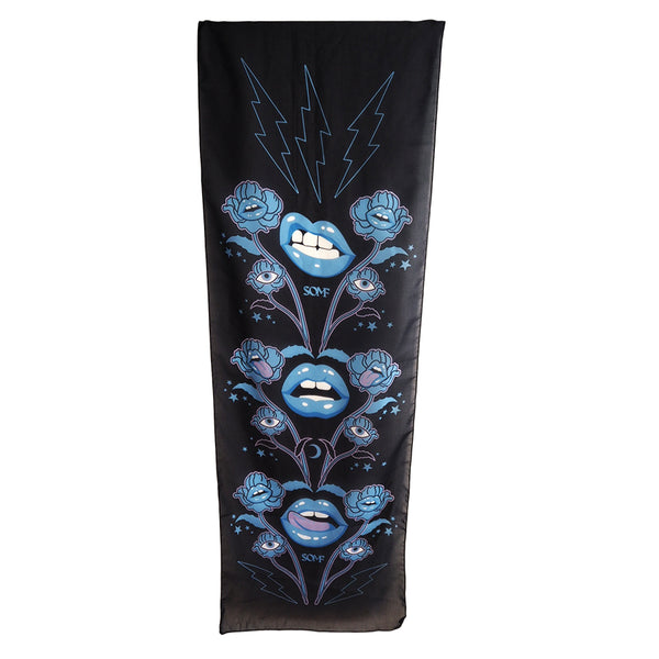 Blue lips scarf