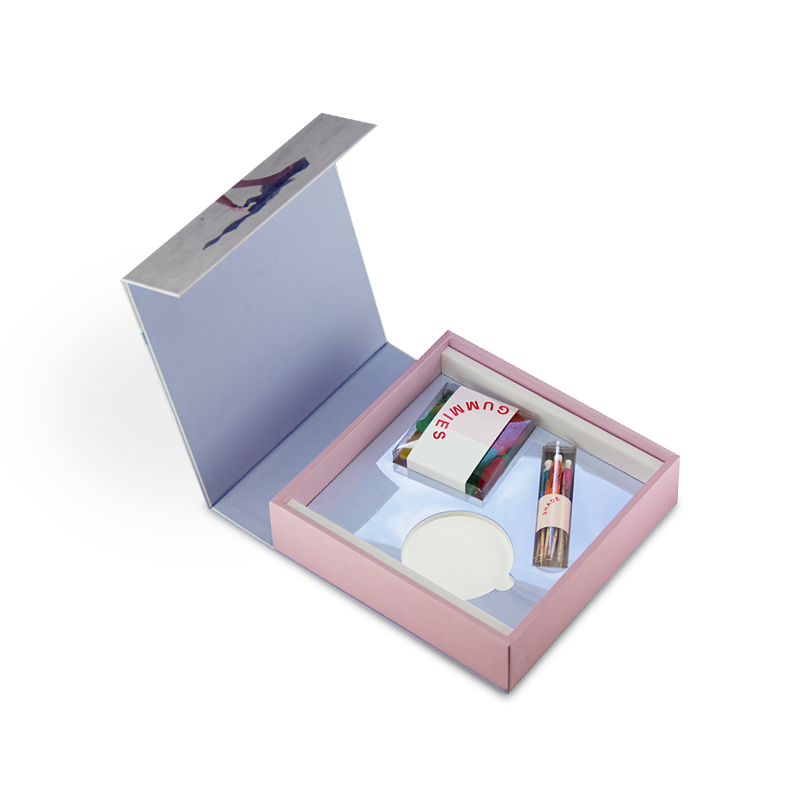 Hand made, luxury gift box with magnetic closure and color printing for PR agency