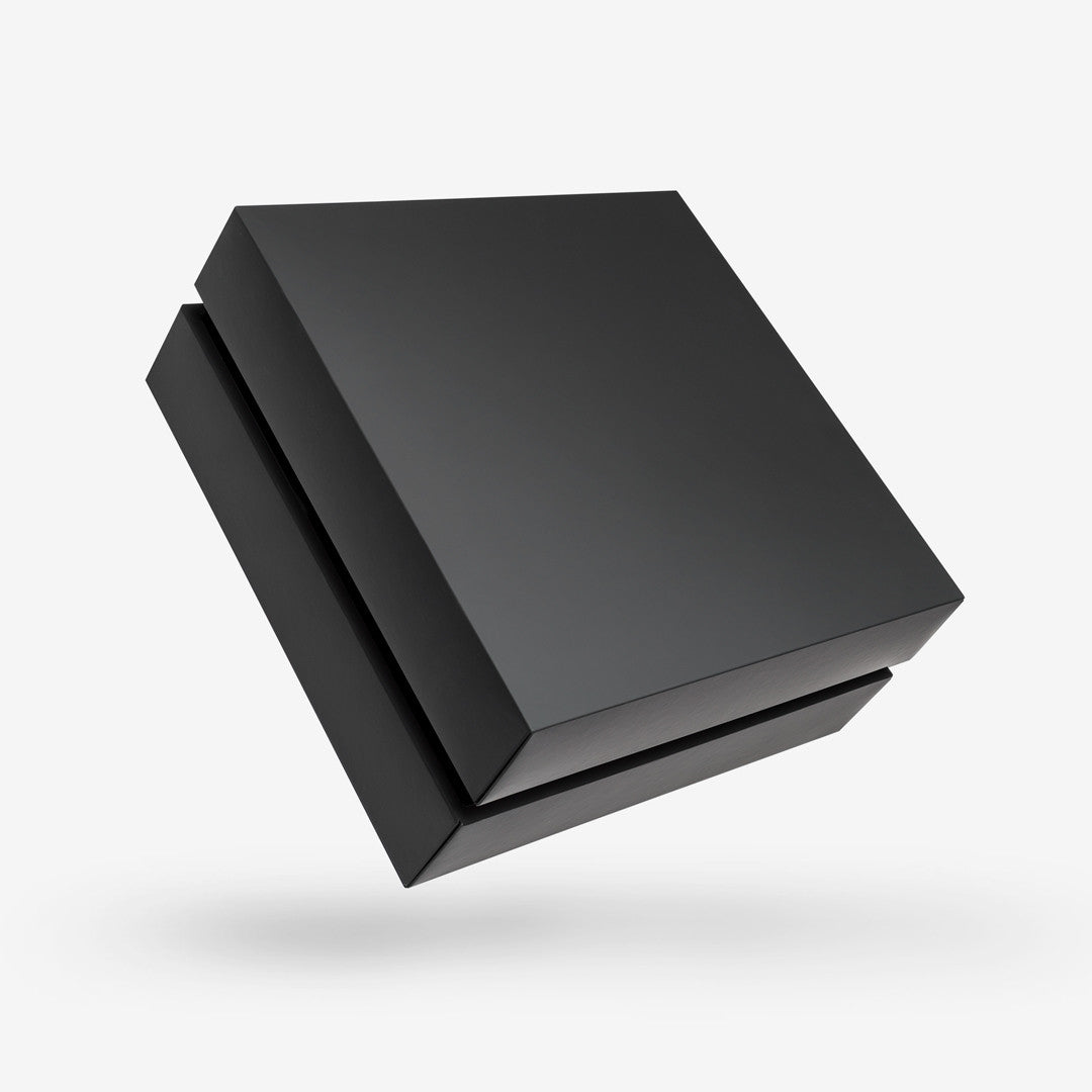 SQUARE BLACK TRAY<br>REMOVABLE LID BOXES