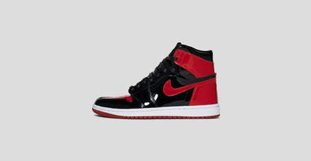 Air Jordan 1 Gloss Bred