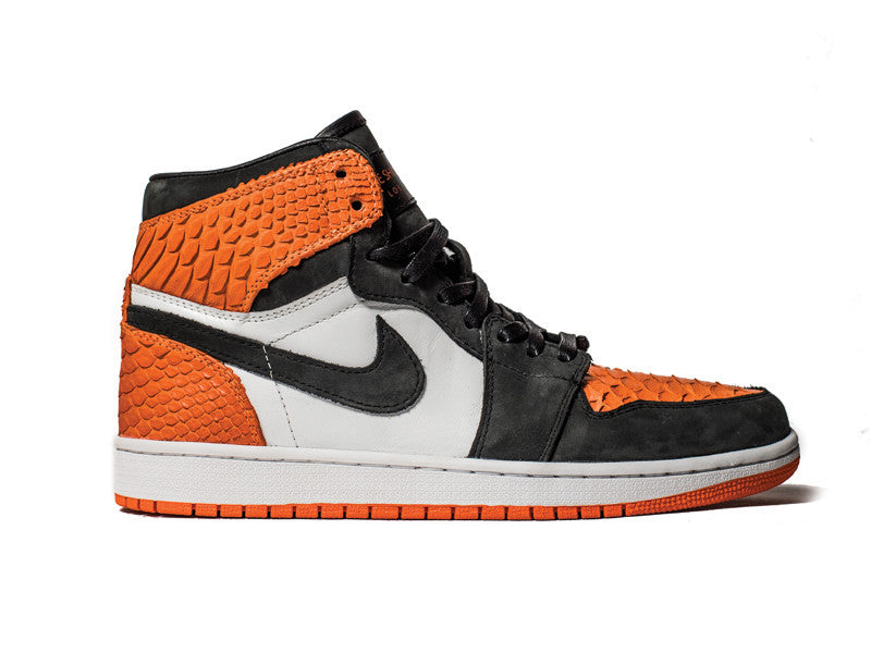 Shattered Backboard AJ1