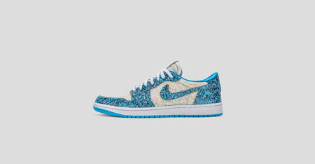 Air Jordan 1 Low North Pole UNC