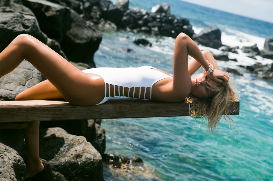 WILD SIDE ONE PIECE IN WHITE