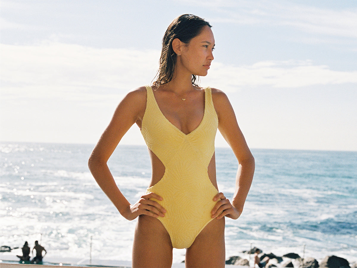 73ad1930ac137 ONE PIECES SOLID TEXTURED PRINTED REMOVABLE PADS · KIDS · Shop the   lspaceswim feed