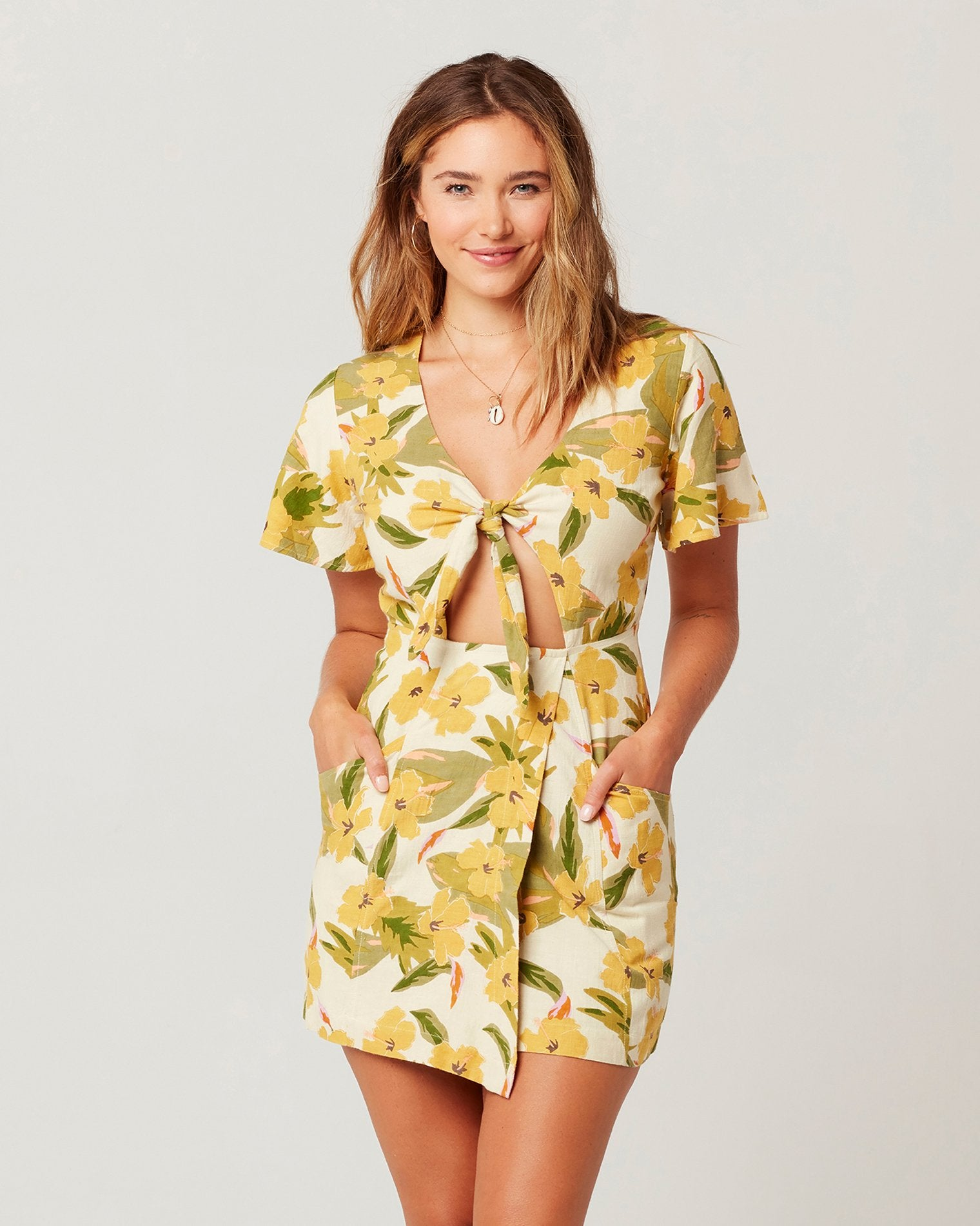 Ibiza Floral | Model: Chanel (size: M)