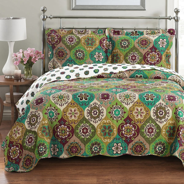 (Split King)-Contemporary Bonnie Green Quilt/Coverlet Bed in a Bag, Exquisite Bed Ensemble Includes Printed Oversize Quilt/Coverlet Coordinating Shams, White Flat Sheet, White Fitted Sheets, and White Pillowcases