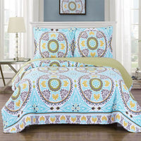 Fabulous Boho Nyah Reversible Floral Printed Quilt Set; Pet-Hair Resistant; Includes Quilt & Coordinating Shams