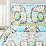 Elegant and Contemporary Nyah Aqua Quilt/Coverlet Bed in a Bag; Includes Quilt, Coordinating Shams, White Flat Sheet, White Fitted Sheet, and White Pillowcases