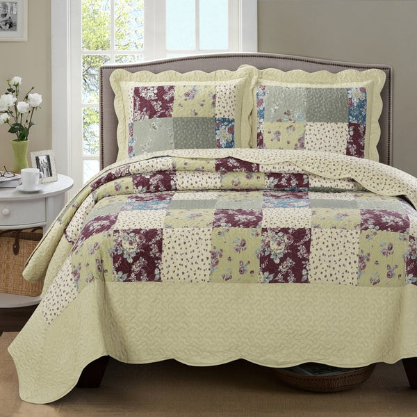 (Split King)-Elegant Tania Ivory Floral Quilt/Coverlet Bed in a Bag; Exquisite Bed Ensemble Includes Printed Oversize Quilt/Coverlet Coordinating Shams, White Flat Sheet, White Fitted Sheets, and White Pillowcases