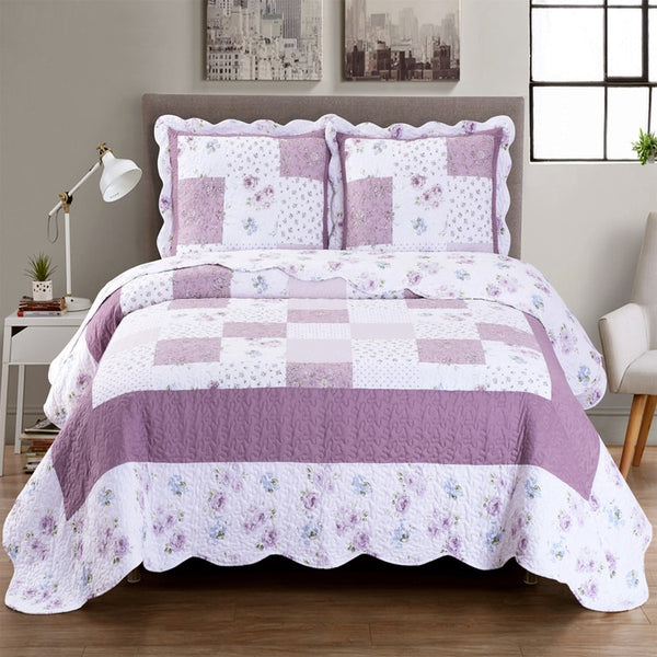 Elegant Ventura Lilac Split King Quilt/Coverlet Bed in a Bag; Exquisite Bed Ensemble Includes Printed Oversize Quilt/Coverlet Coordinating Shams, White Flat Sheet, White Fitted Sheets, and White Pillowcases