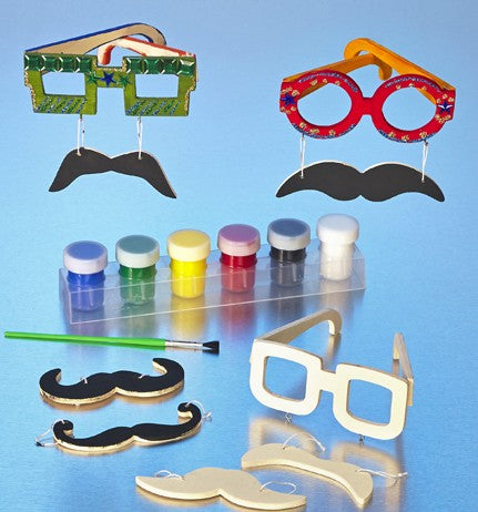 DIY Mustache Spectacles Craft