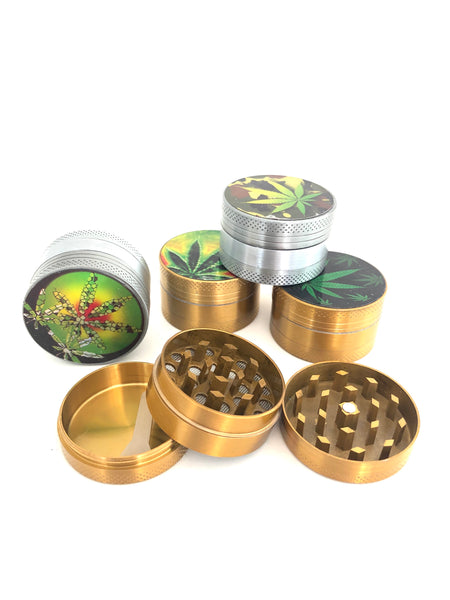 Small 3 piece metal grinder