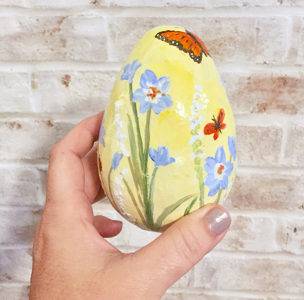 Hand-Painted Egg Forget-Me-Nots