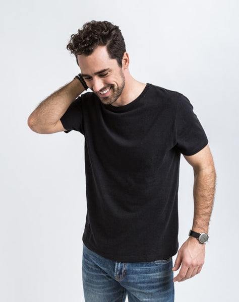 Josh Crew Neck in Black known best for its great fit and soft feel.