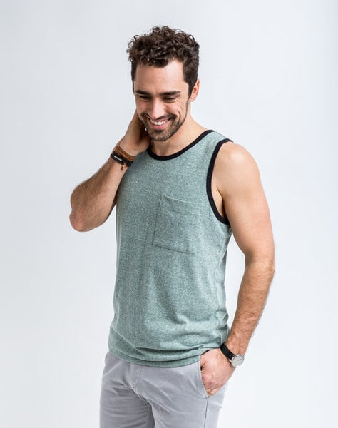 Will Bro Tank in Jungle has the perfect cut for sporty or casual look and feel.