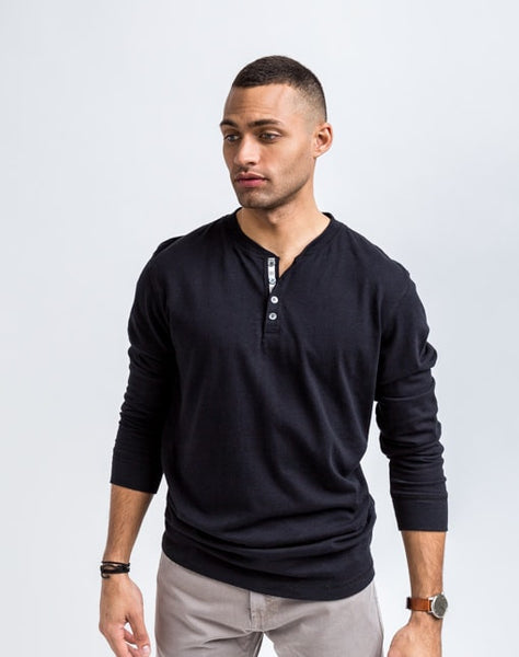 Rob Crew Neck Henley - Black