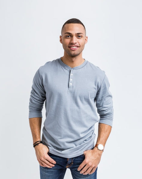 The Rob in gunmetal grey is a timeless long sleeve henley that is known for its quality and comfortable cotton brushed jersey.